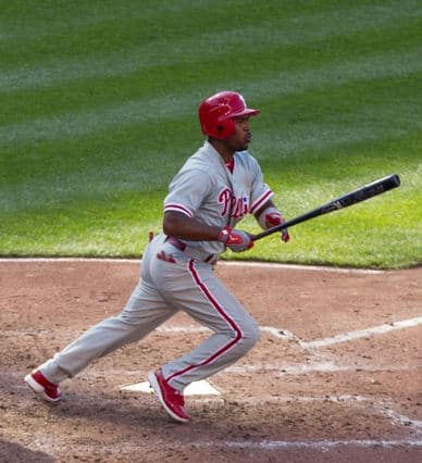 Jimmy-rollins-takes-off