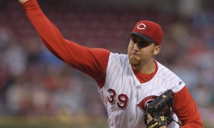mc-phillies-sign-aaron-harang-to-oneyear-deal-20150105-300x264.jpg
